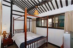 民宿1.5米大床房C