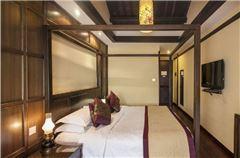 民宿1.8米高级大床房