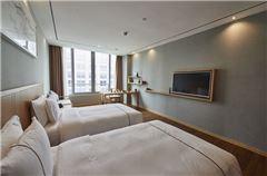 华美景观双床房