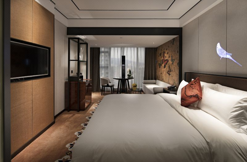Luxury Queen Room