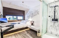 高级大床房