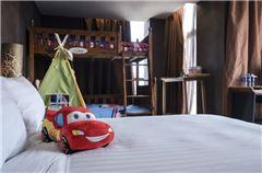 Lightning McQueen Theme Family Room