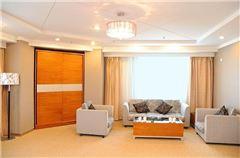 Large Panoramic Room