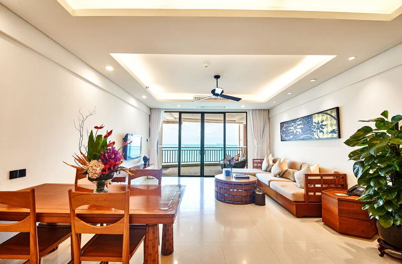 Full Ocean-view Family Room