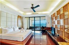 Full Ocean-view Multi-level Family Room