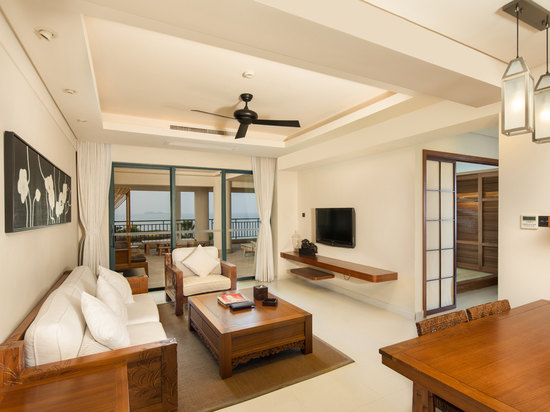 Ocean-view Family Room