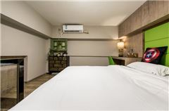 LOFT Multi-level Twin  Room