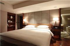 Yue Bund River-view Room