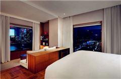 Shanghai Suite City View