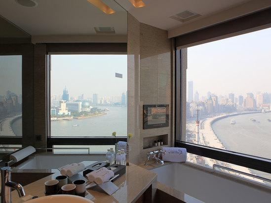Shanghai Deluxe