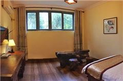 Mountain-view Balcony Family Suite A
