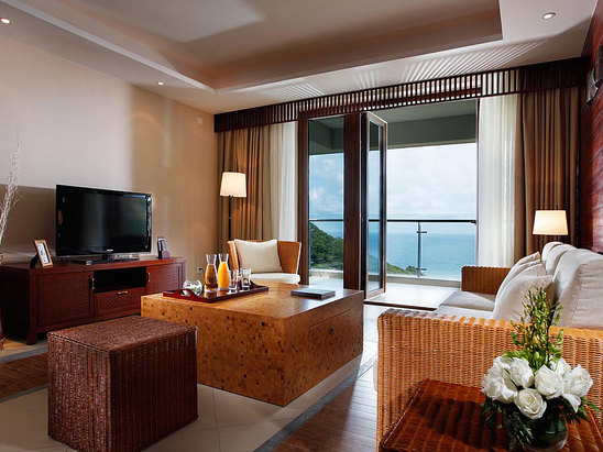 Family Ocean-view Suite