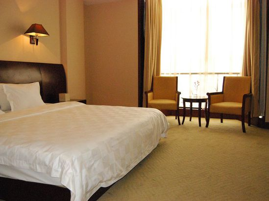 River-view Business Queen Room