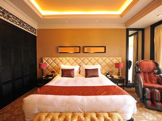 Comfortable Lijin River-view Room
