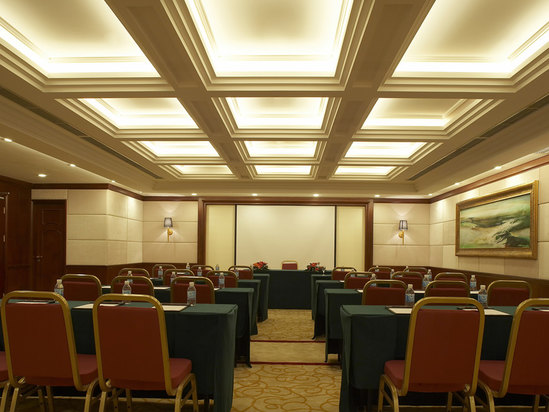 六层会议室