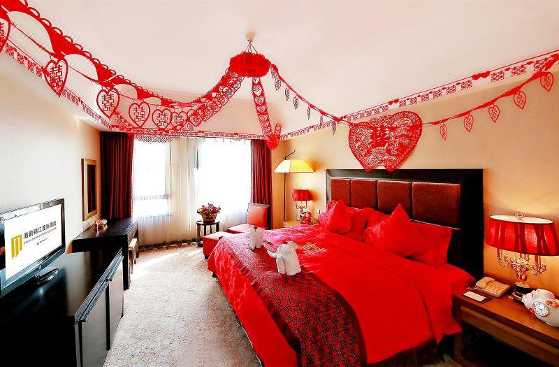 Chinese style Wedding Room