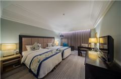 Selection Twin Suite