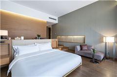 Xiyuan Deluxe Balcony Queen Room