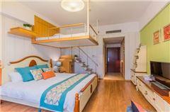 Loft家庭房