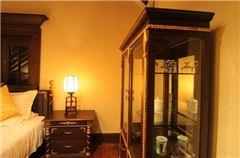Deluxe Multi-level Room