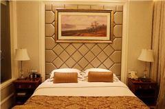 铂金大床房