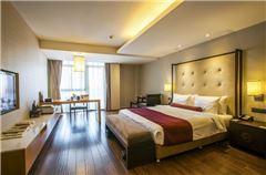 Heavenly Queen Room