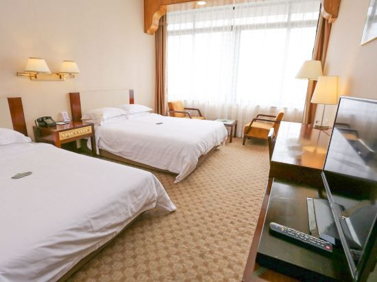 River-view Super Twin Room