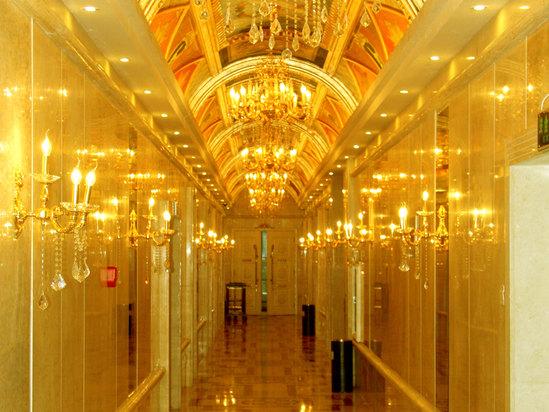 二楼餐厅走廊