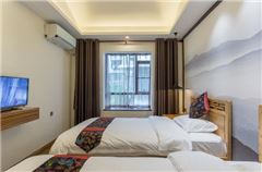 Water edge · Boutique Twin Room