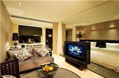 Executive City View Room
