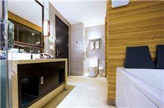Deluxe Superior Room