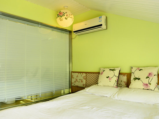 Queen Room (With balcony) (Limited-time offer)