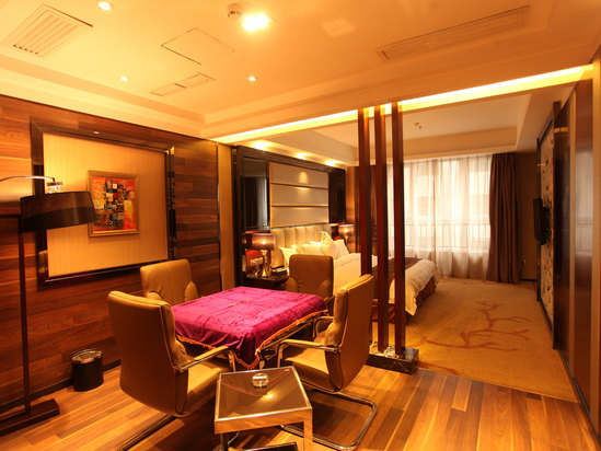 Leisure Twin Suite