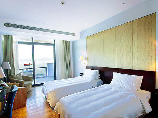Ocean-view Twin Room