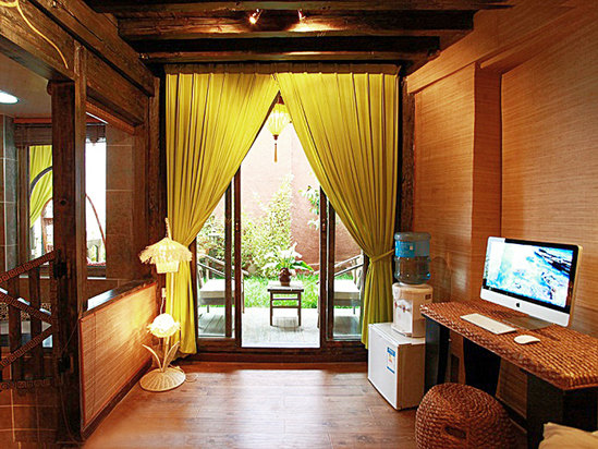 Garden Luxury Suite