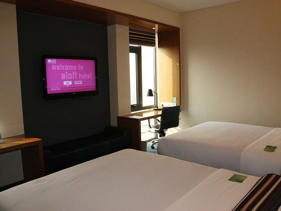 Aloft Standard Room