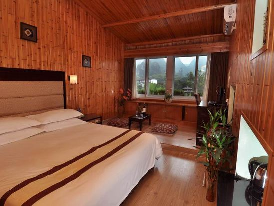 Panoramic Wooden house Queen Room