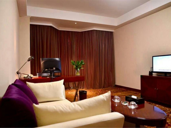 Deluxe Business Suite(limited offer)