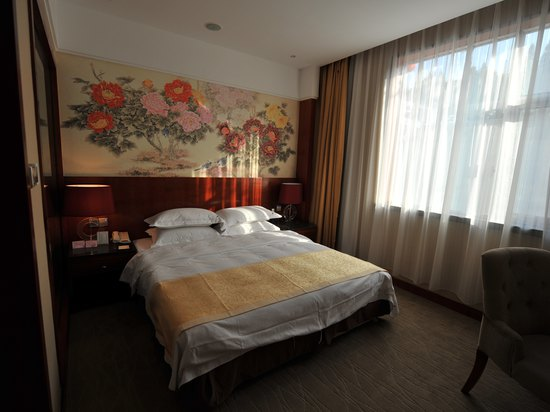 Hot Spring Deluxe Queen Room