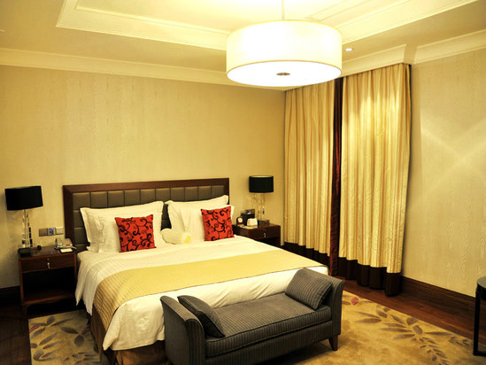 Executive Luxury Grand Lake-view Studio (King bed)