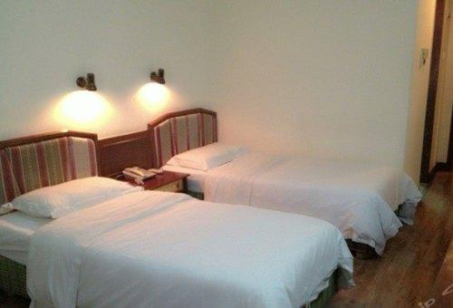 Standard Double Room (south villa)(no star)