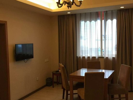 Business Executive Room