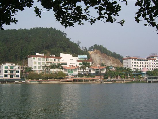 Bai Yun Hot Spring Resort