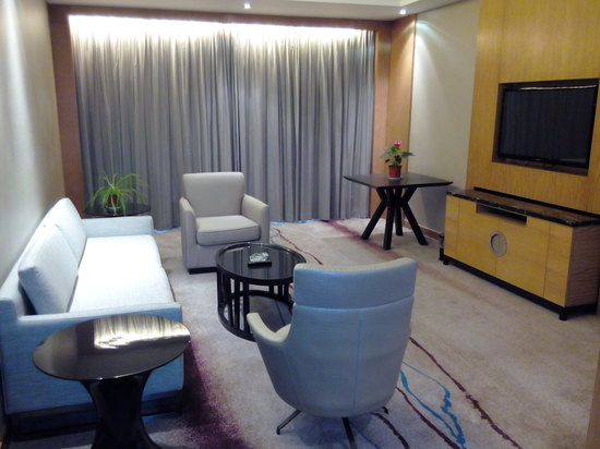 Deluxe Suite (Main Building)