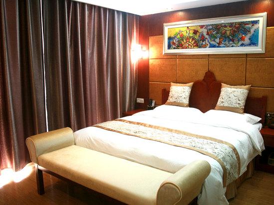 豪華山景雙床房