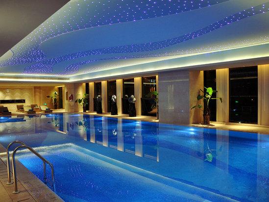 室内恒温泳池