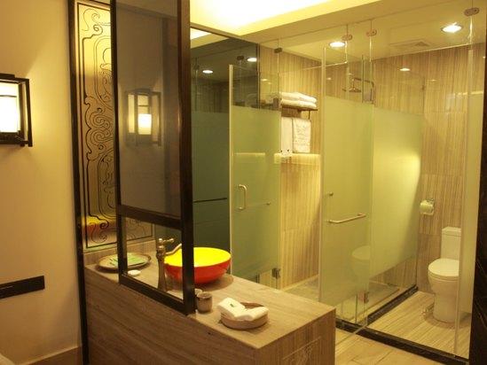 每間房都配置干濕分離衛浴