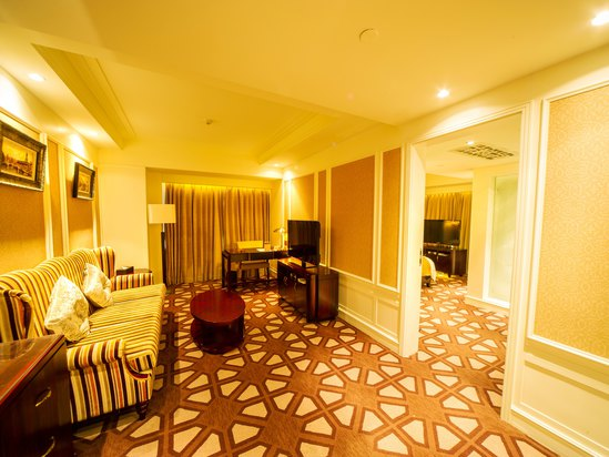 Baile Boutique Room
