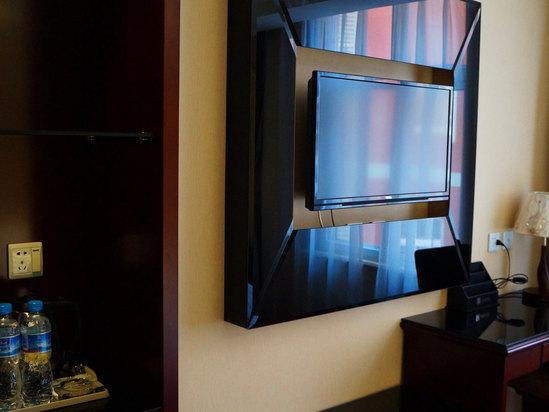 房间电视机
