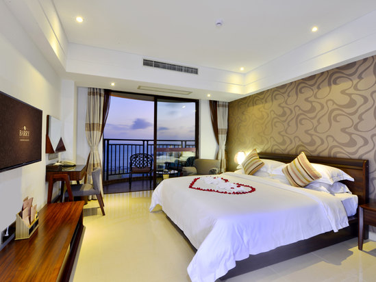 Panoramic Ocean-view Room